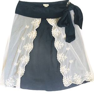 ODILLE (Anthro) Lace/Silk Skirt Black/Ivory Size 4